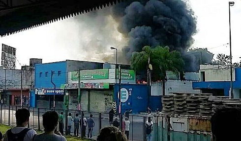 _68591_2512016_incendio centro comercial ituzaingo